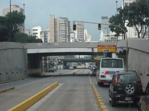 El tramo El Cristo-La Hoyada es en donde se suelen ver más cruces indebidos de peatones