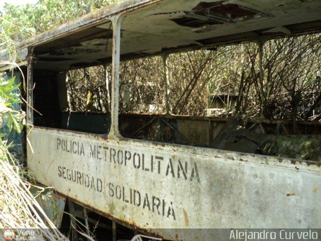 Ikarus De en chiveras abandonados recuperación ikarus de la policia