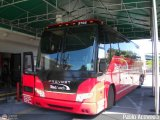 Red Coach 2702, por Pablo Acevedo